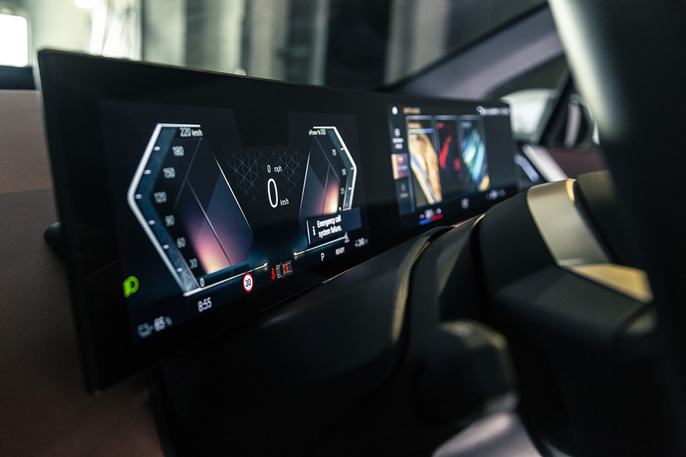 BMW iX autoexpert.ro