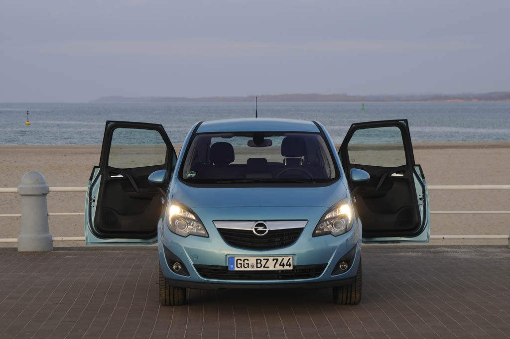 141_Opel_Meriva026