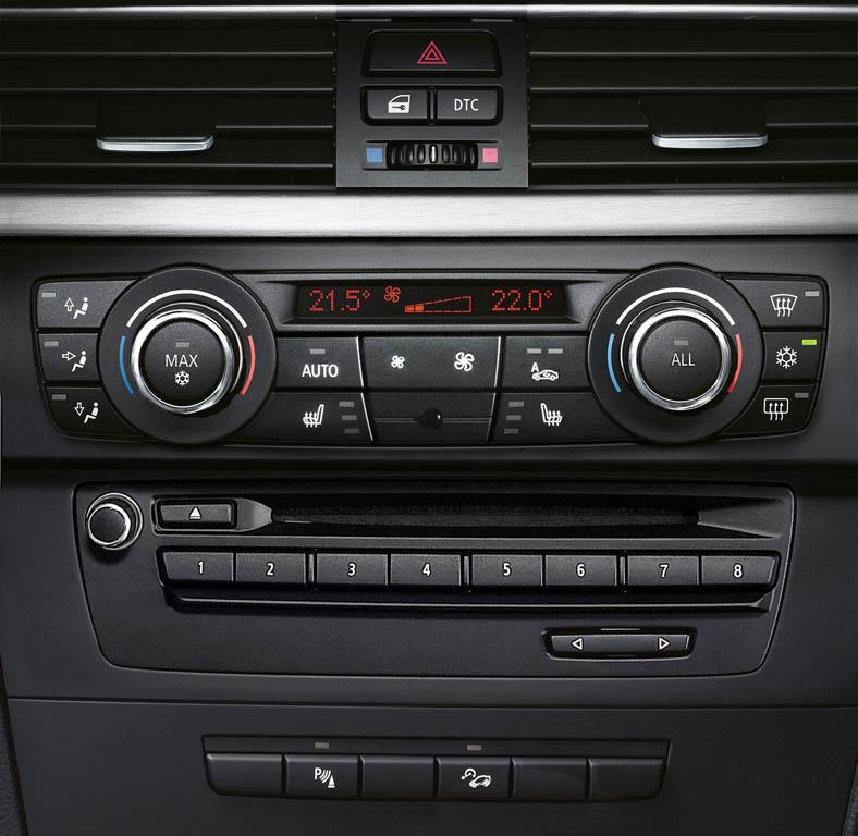 161_bmw_seria_3_coupe_interior_medium_1600x1560