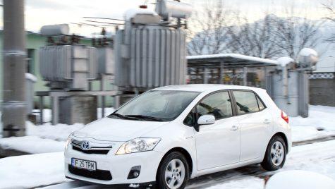 Toyota Auris HSD 136 CP