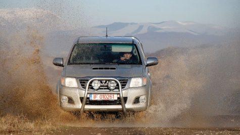 Test drive Toyota Hilux Duble Cab 3.0 D-4D 171 CP