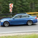 BMW M5 4.4 l 560 CP