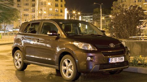 Test drive Toyota Urban Cruiser 1.4 D-4D 90 CP AWD