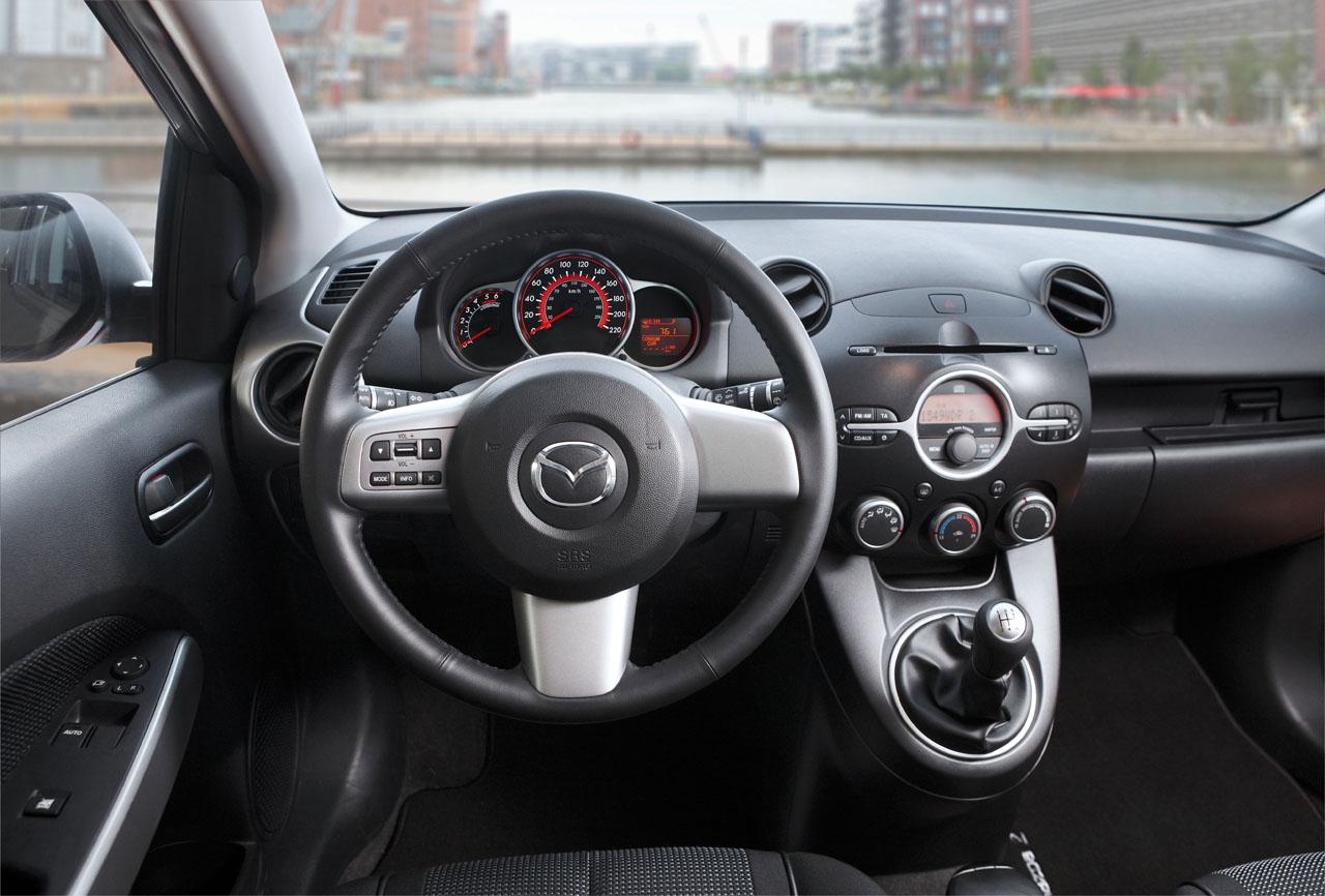 Test drive Mazda2 autoexpert.ro