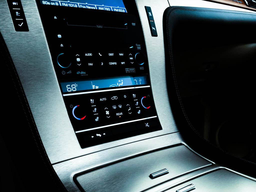 Cadillac Escalade 6.2 V8 autoexpert.ro