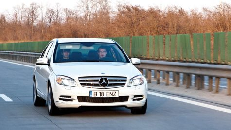 Test drive Mercedes Benz C200 CGI 184 CP – Vitamina C 200