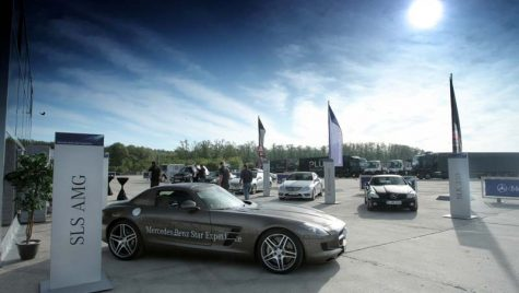 Mercedes Roadshow Star Experience