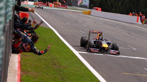 Vettel își continuă dominația