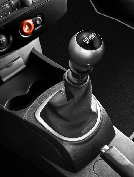 1338_images_Renault_30179_1_6