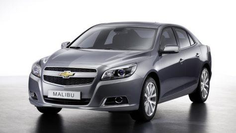 Un american își încearcă norocul în Europa: Chevrolet Malibu