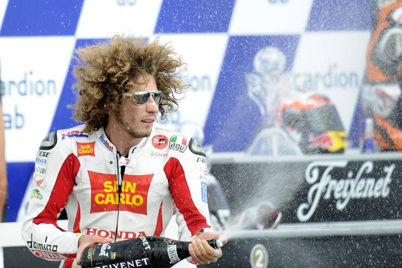 1403_1242_R11_Simoncelli_podium