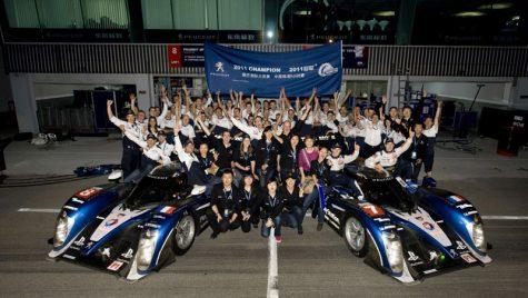 Peugeot câștigă campionatul mondial de anduranță 2011