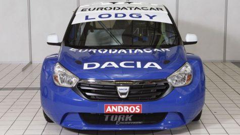 In linii mari si putina ceata, despre noul Dacia Lodgy