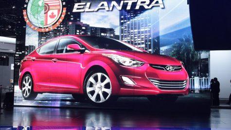 Hyundai Elantra, încununată Mașina Anului 2012 în America de Nord