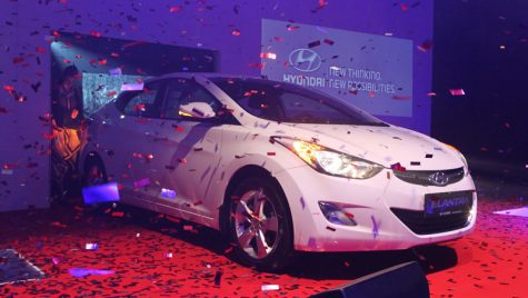 Hyundai Elantra și-a preluat premiul AUTOBEST 2012