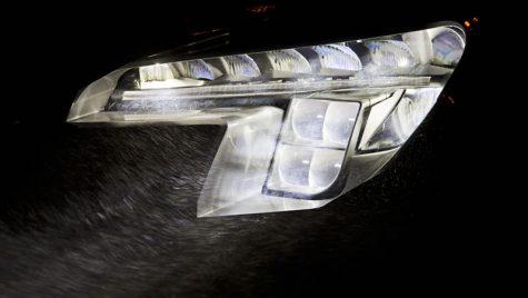 Opel vrea să revoluţioneaze sistemele de iluminare din industria auto