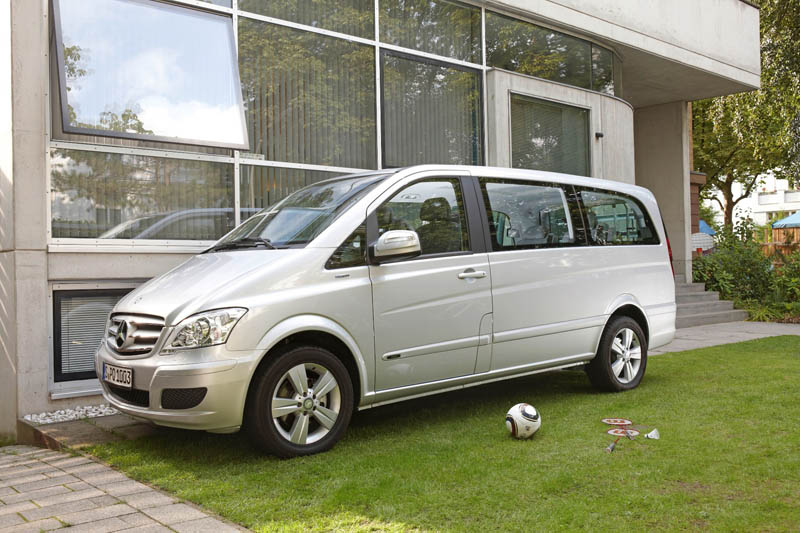 192_Mercedes-Benz Viano_1