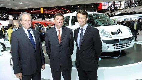 Compania AVIS a comandat 500 de vehicule electrice Renault