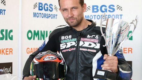 Ionuţ Mistode a câştigat titlul Dunlop Romanian Superbike 2012