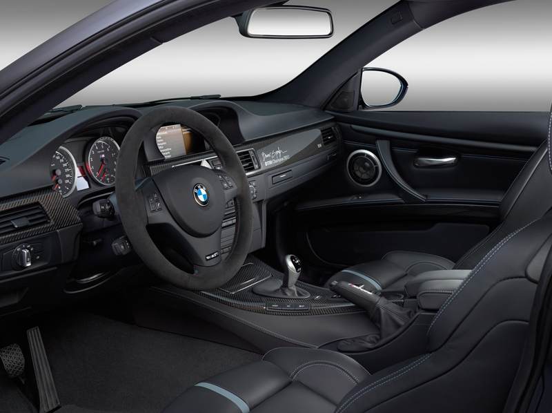 2058_BMW_M3_DTM_Champion_Edition_small_800x598