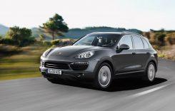 Peste 400.000 unități Porsche Cayenne rechemate în service