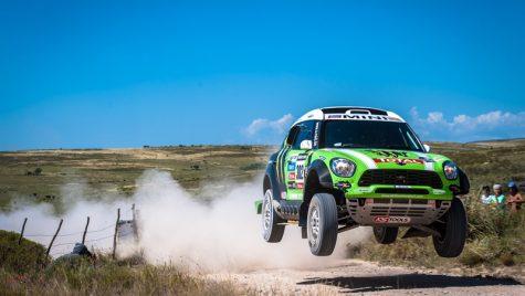 MINI câștigă Raliul Dakar 2013
