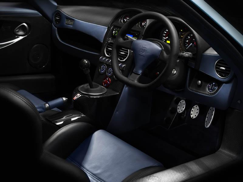 211_m600_interior1