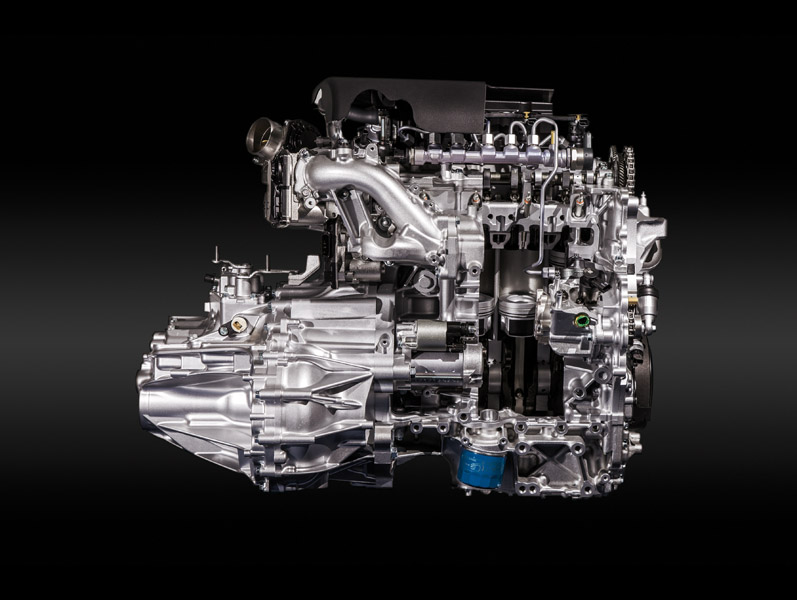 2152_001_SMALL_DIESEL_ENGINE
