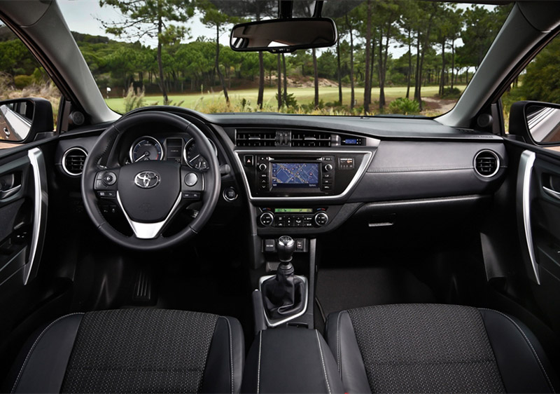 2158_Noul Auris_Interior