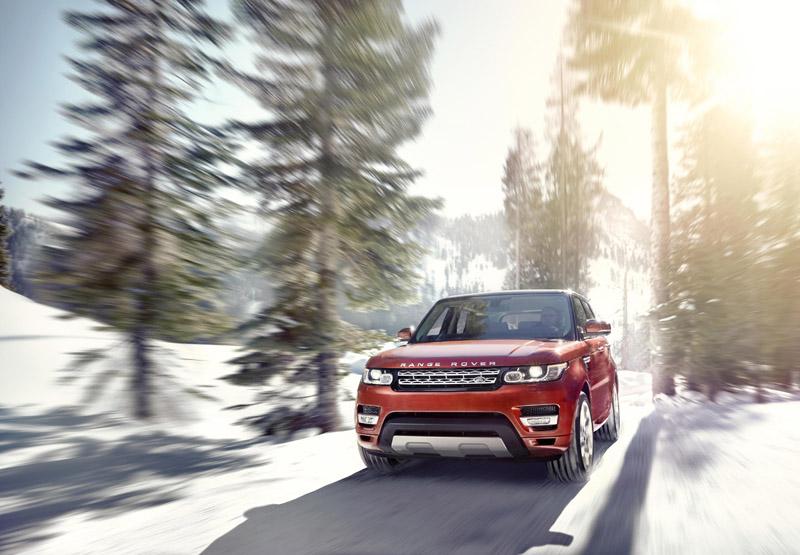 2202_LR_Range_Rover_Sport_Dynamic_30