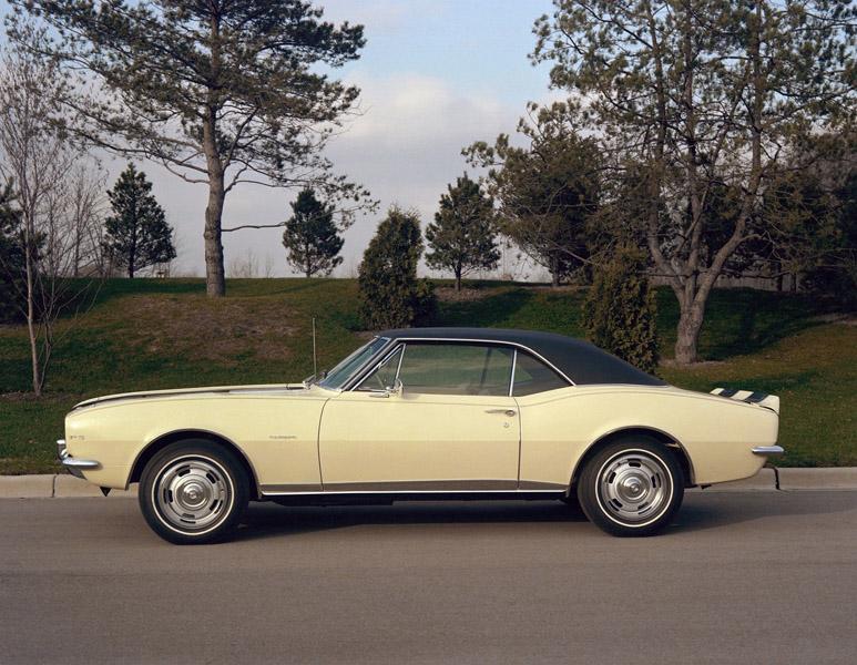 2207_1967-Chevrolet-CamaroZ28-003
