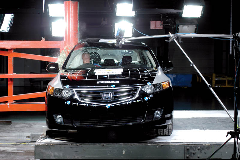 220_honda accord Euro_NCAP_Crash_Test