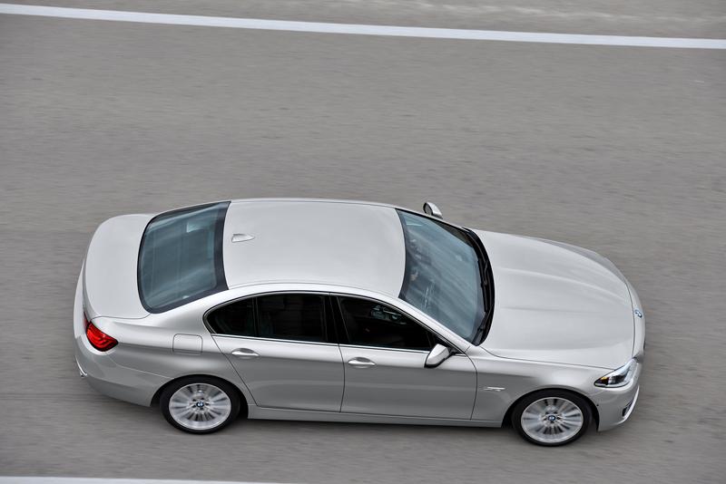 2278_Noul_BMW_Seria_5_Sedan_small_800x534-1