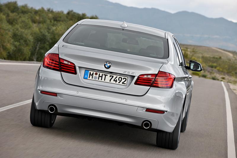 2278_Noul_BMW_Seria_5_Sedan_small_800x534-2