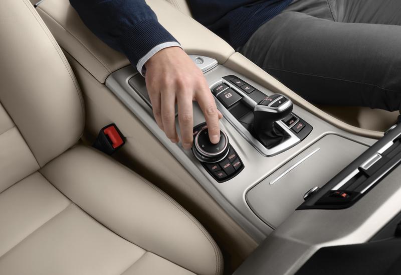 2278_Noul_BMW_Seria_5_Touring_small_800x548