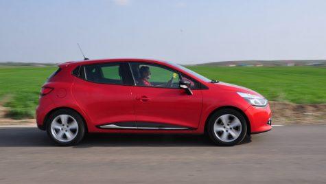 Mini anduranță Renault Clio – 1.037 km cu 51,5 litri de motorină