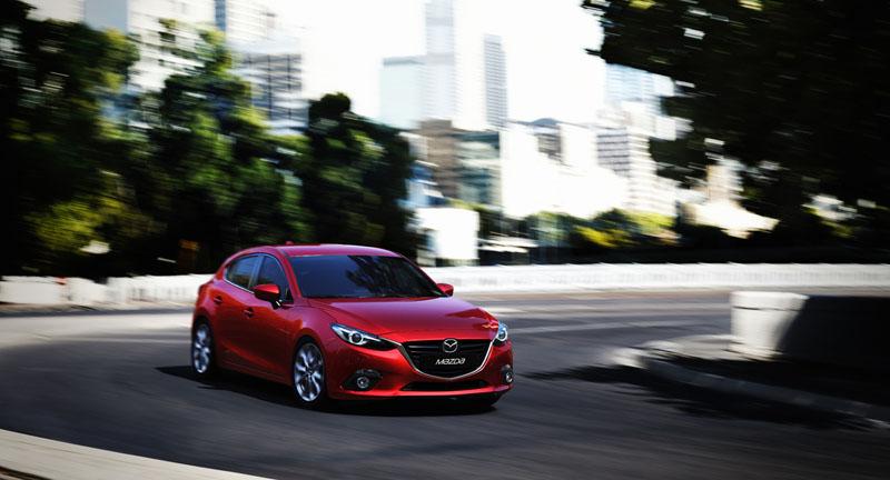 2345_Mazda3_Hatchback_2013_action_03__jpg72