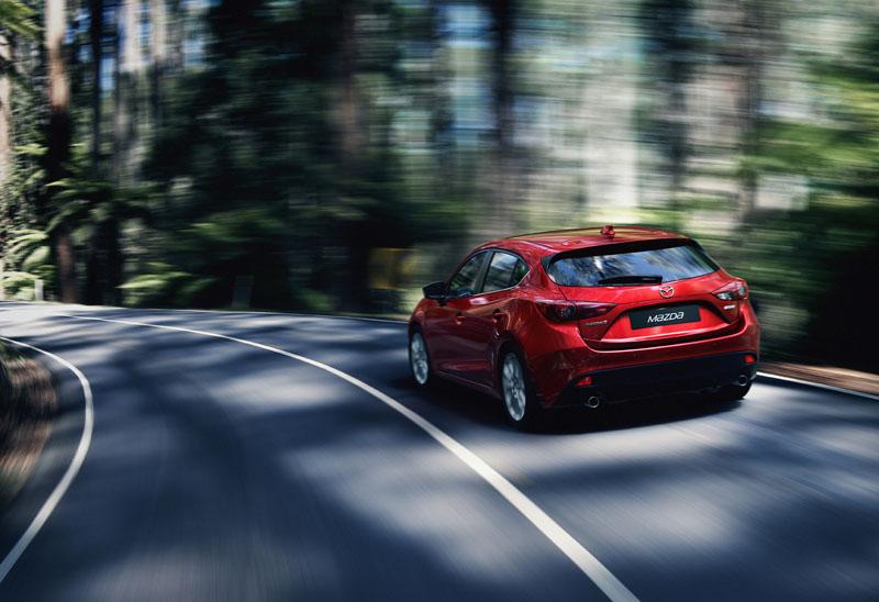 2345_Mazda3_Hatchback_2013_action_05__jpg72