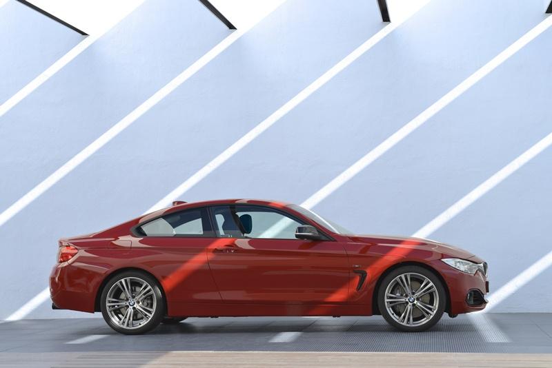 2431_BMW_Seria_4_Coupe_exterior_small_800x534-1