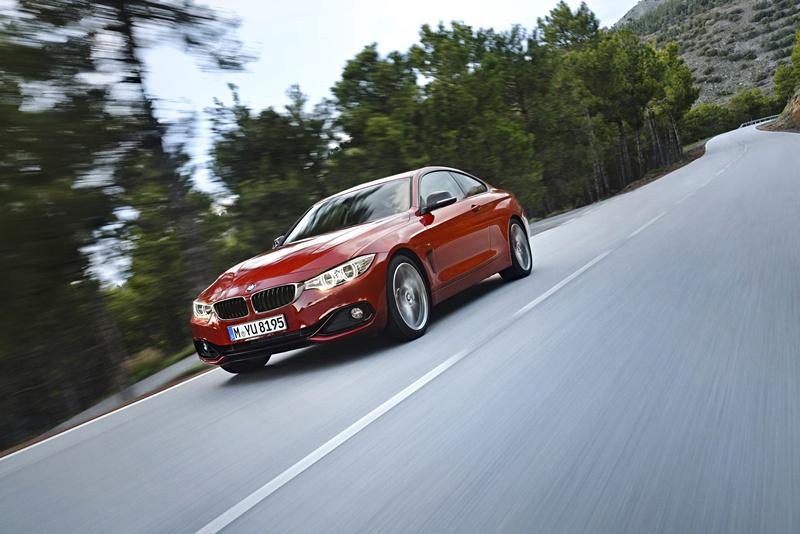 2431_BMW_Seria_4_Coupe_exterior_small_800x534-4