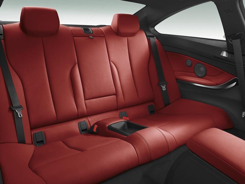 2431_BMW_Seria_4_Coupe_interior_small_800x600