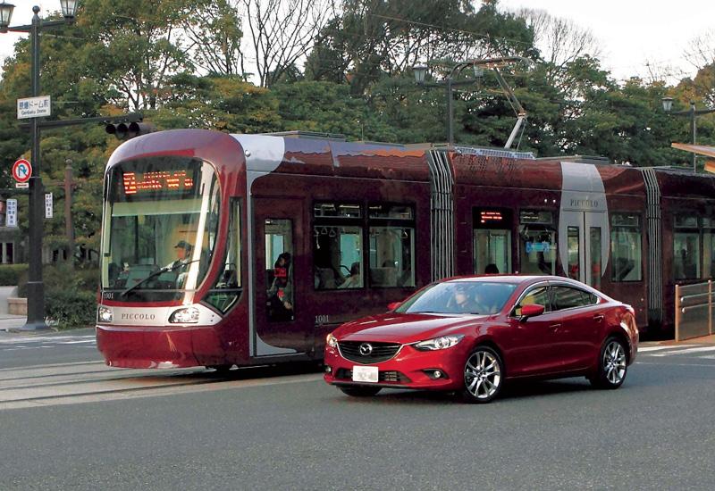 2476_Mazda6_ASV-5__Japan_2013__jpg300