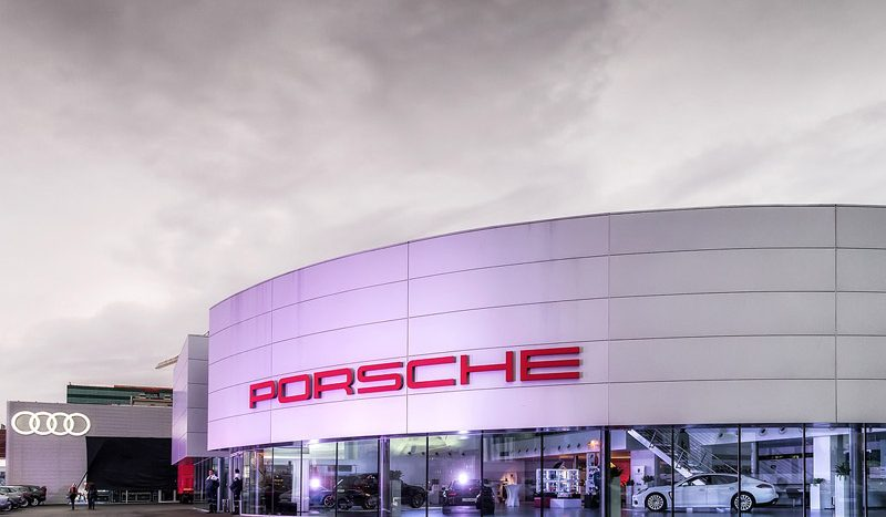 15 milioane de euro cifră de afaceri - Porsche Pipera