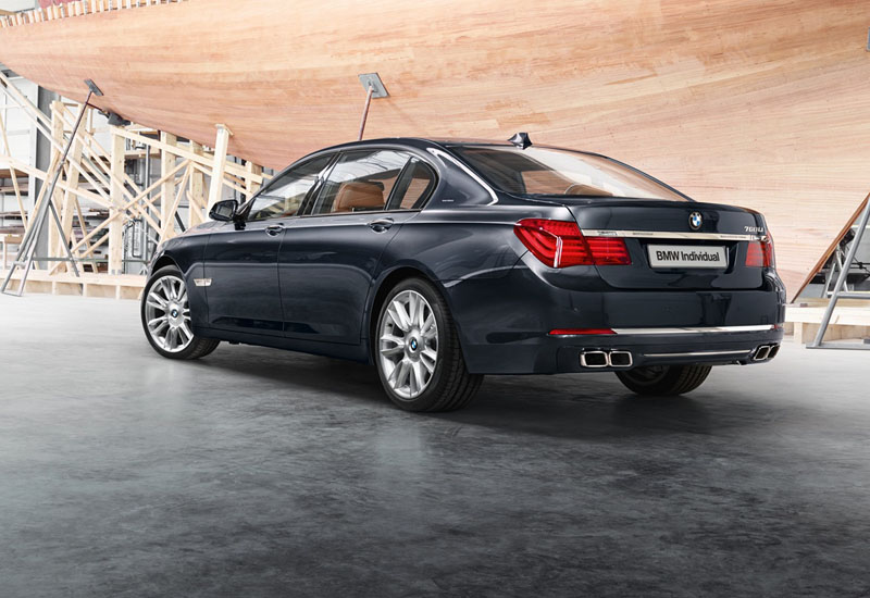 2546_BMW_Individual_760Li_Sterling_inspired_by_ROBBE_BERKING_medium_1600x1199