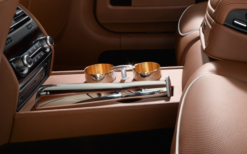 2546_BMW_Individual_760Li_Sterling_inspired_by_ROBBE_BERKING_small_800x501
