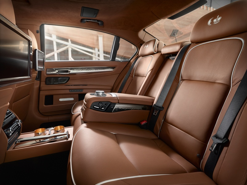 2546_BMW_Individual_760Li_Sterling_inspired_by_ROBBE_BERKING_small_800x600