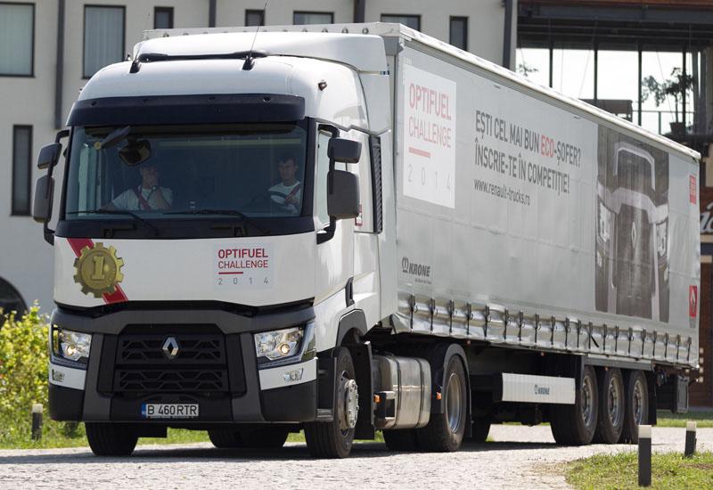 "Renault Trucks a desemnat cel mai eficient ECO-şofer al concursului ""Optifuel Challenge"""
