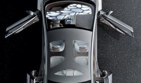 Mercedes-Benz este vedeta primului număr Institute, THE Magazine