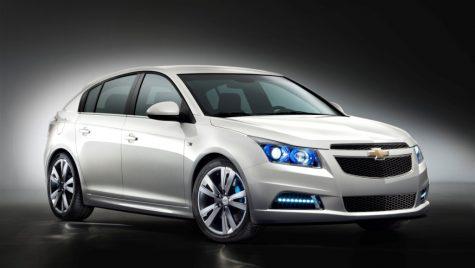 Cruze hatchback va fi lansat la Geneva