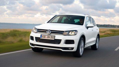 VW Touareg se îmbracă la trening